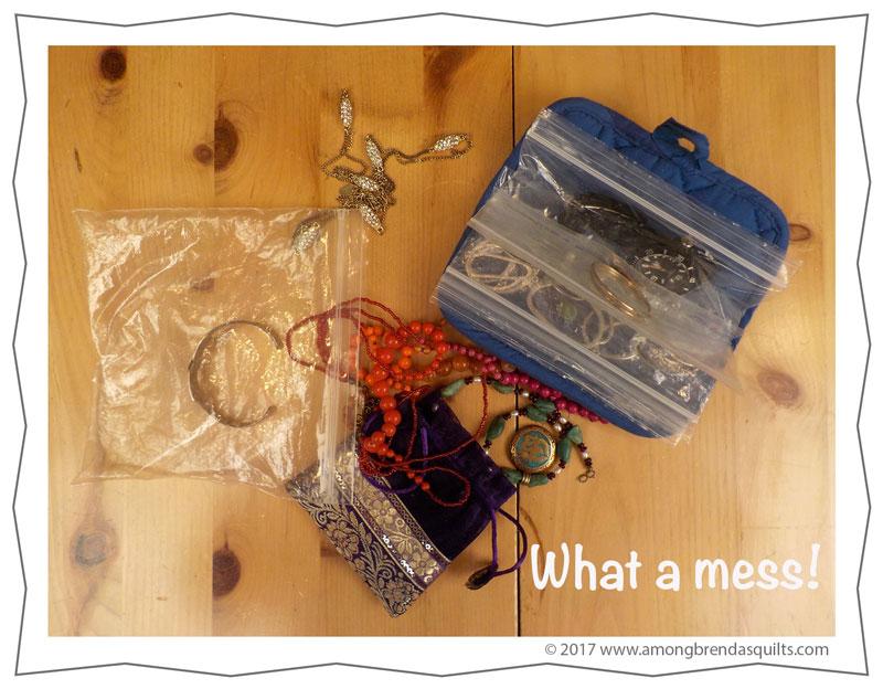 messy-jewelry