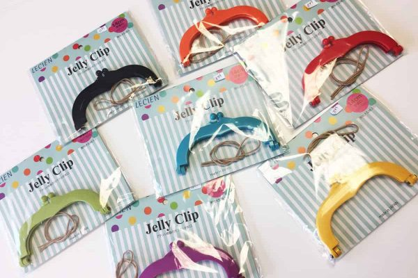 How To Use Jelly Clips To Make Purses